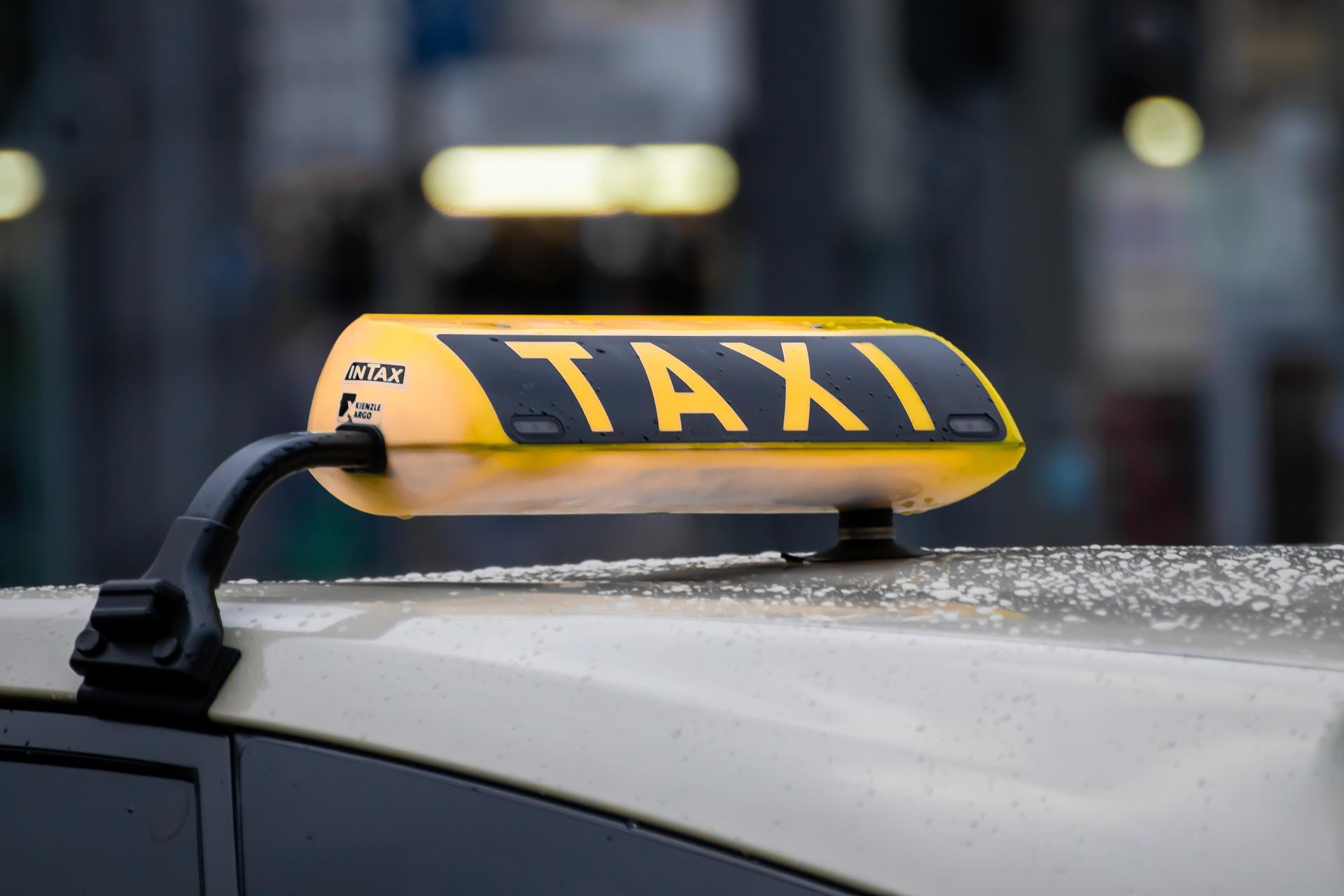 Taxi_Schild